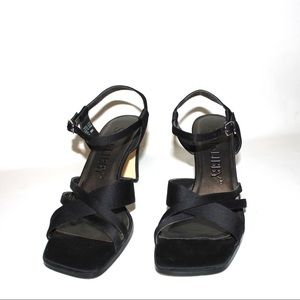 Sam & Libby Shoes - Sam & Libby Square Toe Crisscrossing Strap Sandals